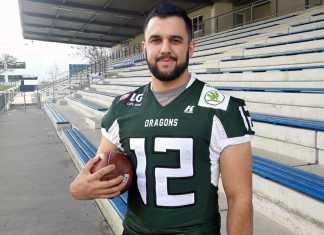 Quarterback Chad Jeffries