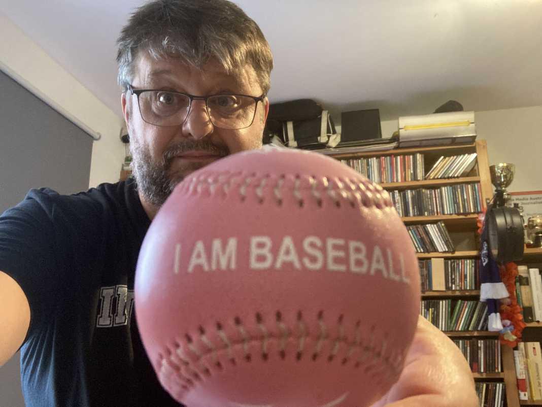 Walter mit Baseball