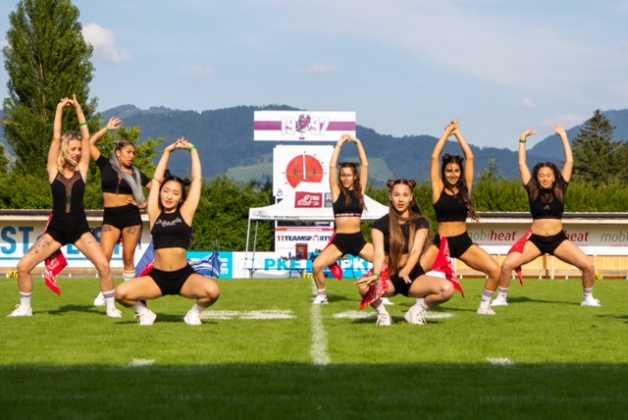 Salzburg Football Team vs. Cineplexx Blue Devils